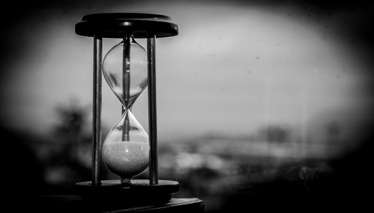hourglass time black-and-white